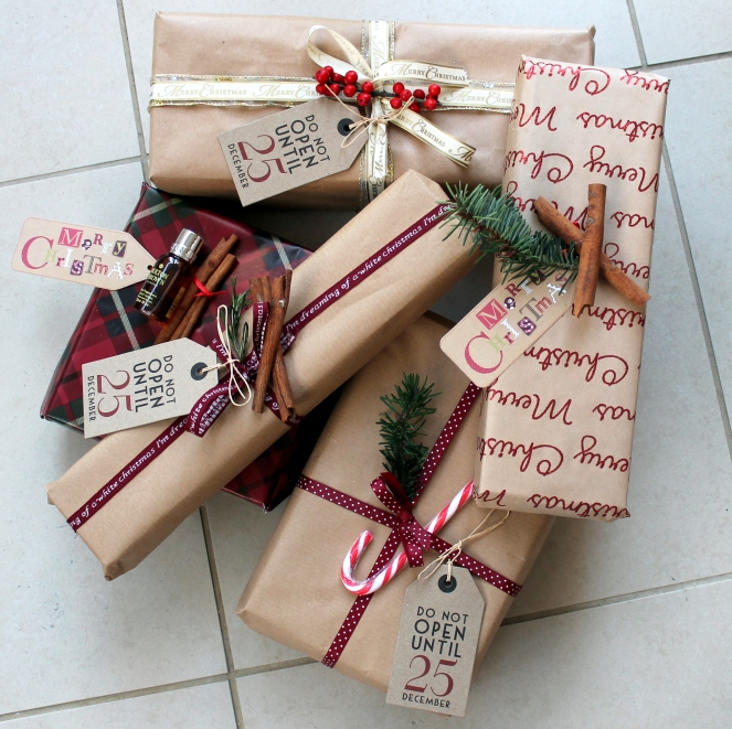 cinnamon red neutral brown wrapping christmas 2015 tartan patterns nature