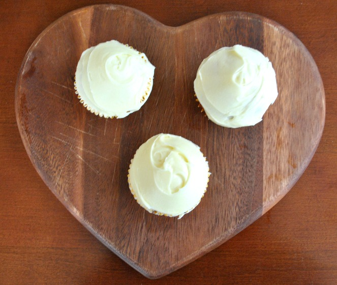 Orange blossom spring cupcakes frosting