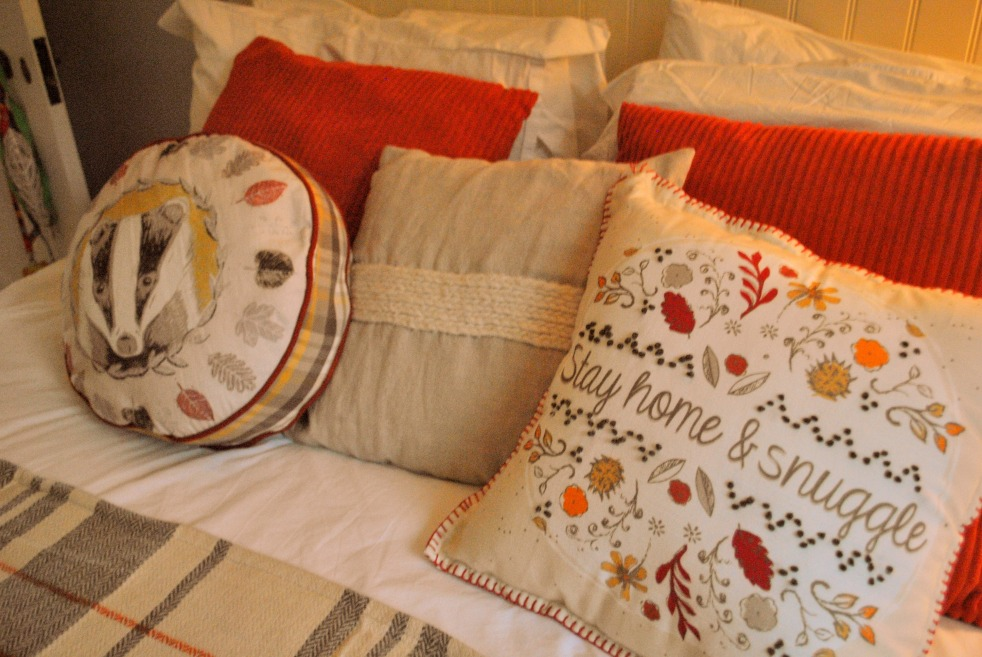 Autumn bedding interiors
